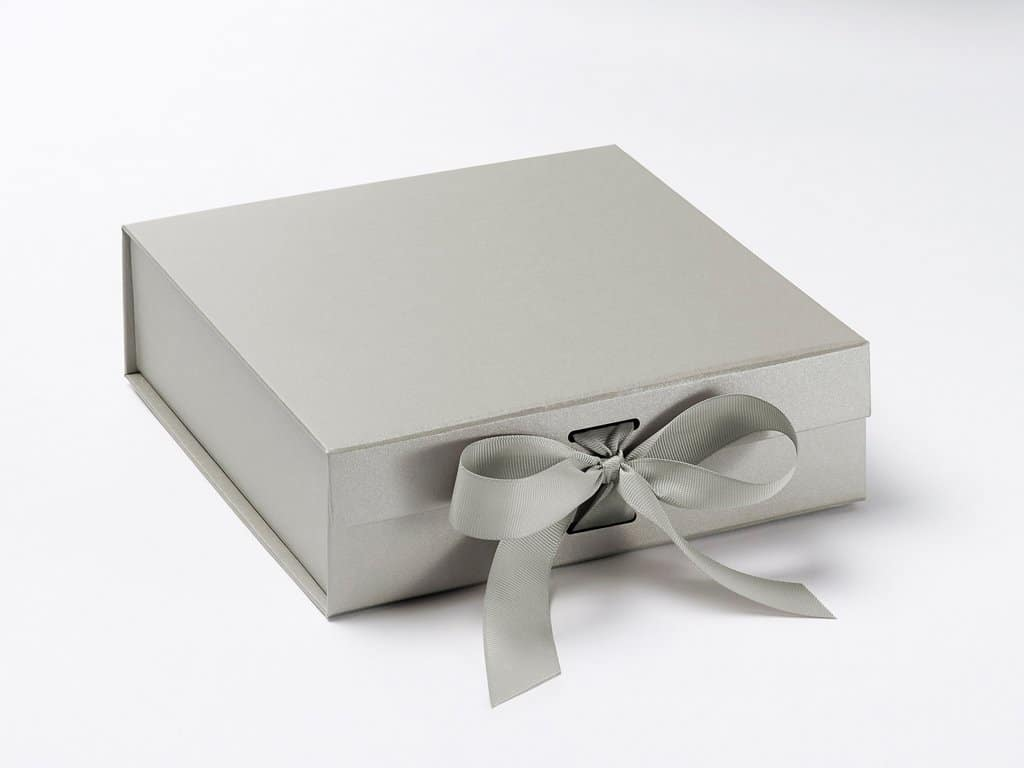 Wedding Gifts Boxes: Personalised Wedding Gift Box